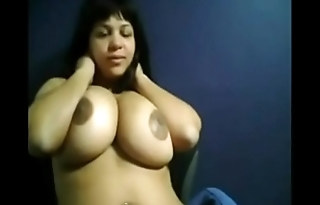 Real milf wants you to see their live show