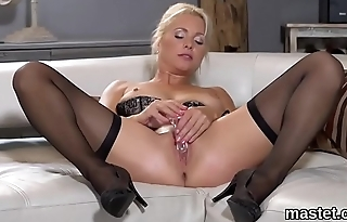 Nasty czech nympho stretches her slim twat to the unusual