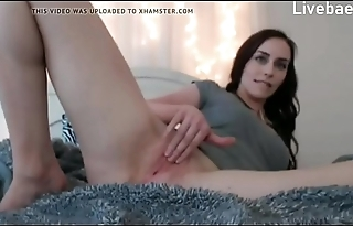 Charlotte shows her pussy live at - Livebaes.com