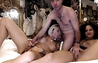 Inked Tranny on a Webcam Show With a Couple