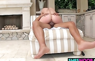 Jacuzzi Booty Mandy Muse