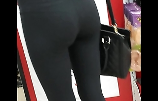 tight yoga ass